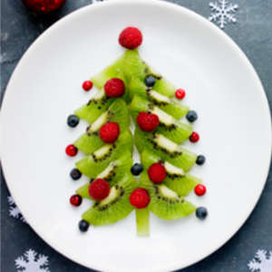 fruit platter shaped like a Christmas tree